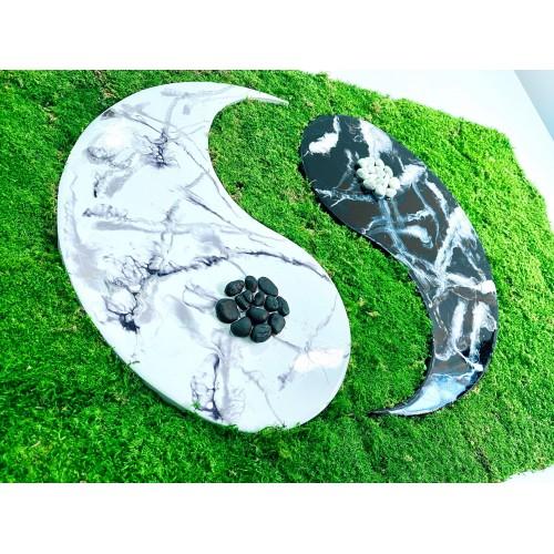 Mechový obraz bez rámu - jing a jang z epoxidové pryskyřice 58x100cm